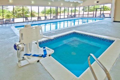 Indoor Heated Pool And Spa 13 of 14