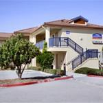 Howard Johnson Marina Inn
