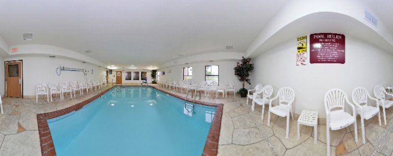 Indoor Pool 6 of 29