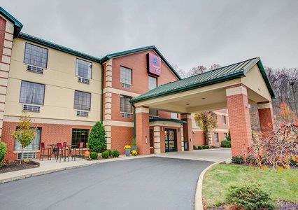 Comfort Suites Airport 1 of 27