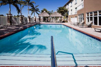 Holiday Inn Express & Suites Florida City Pool 16 of 16