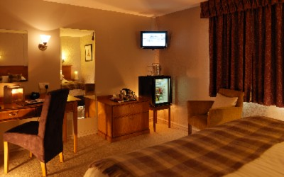 Executive Room 4 of 16
