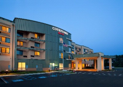 Courtyard by Marriott Westampton 1 of 8
