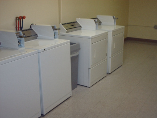 Laundry Facilities 9 of 10