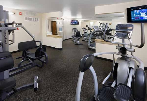 Fitness Room 16 of 17