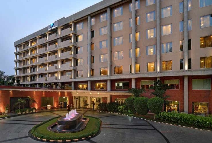 James Hotel Chandigarh 1 of 14