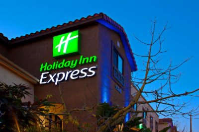 Holiday Inn Express 1 of 11