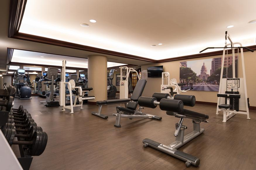 Fitness Center 10 of 17