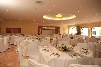 Banqueting 14 of 18