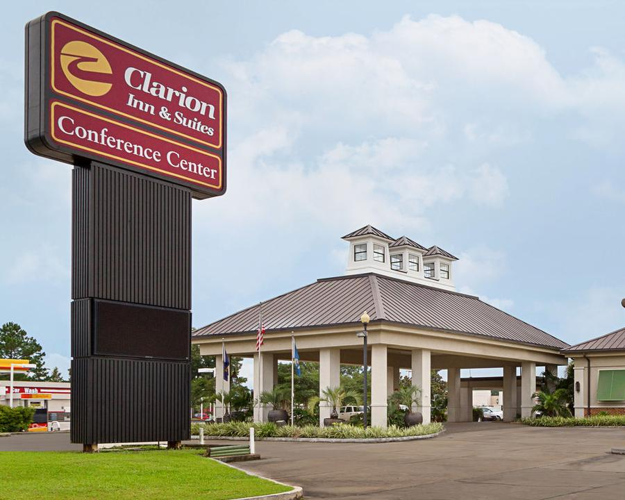 Clarion Inn & Suites Conference Center Covington 1 of 18