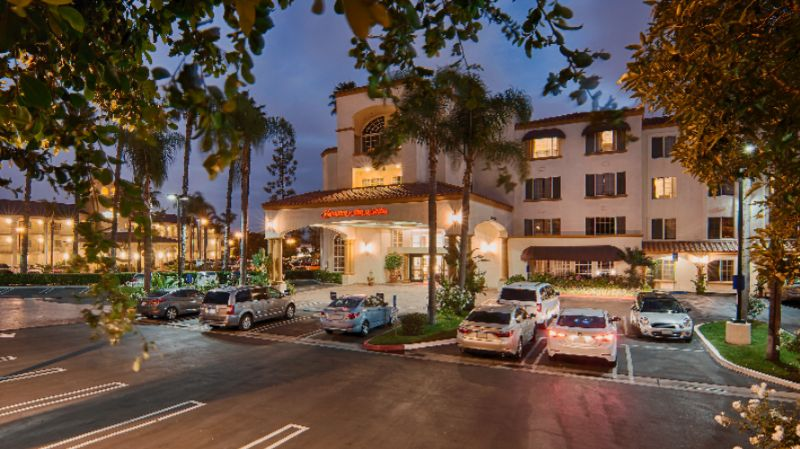 Hampton Inn & Suites Santa Ana / Orange County 1 of 10