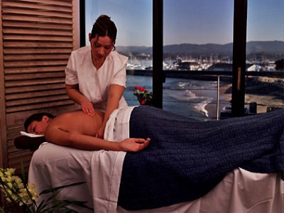Plan For An In-Room Massage 8 of 10