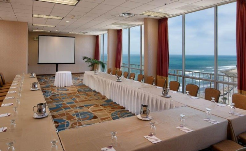 Meeting Space With Spectacular Views 13 of 18
