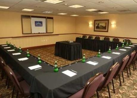 Eagle Meeting Room 11 of 12