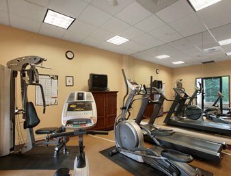 Convenient Fitness Center 12 of 28