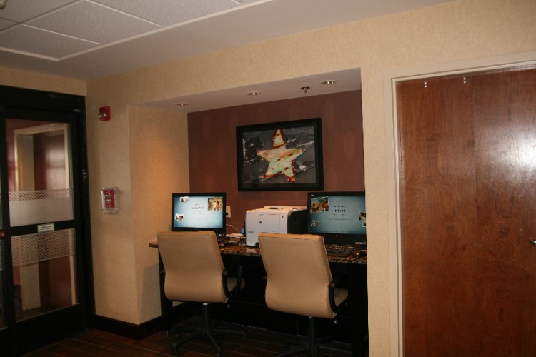 Business Center 5 of 7