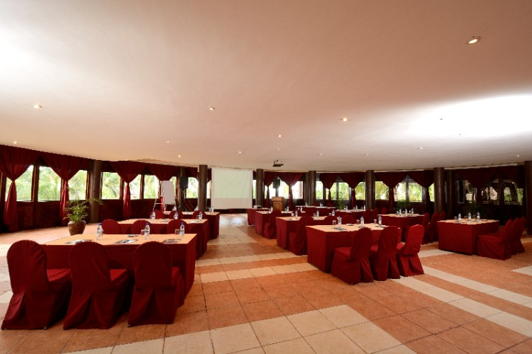 Conference/banquet Room 14 of 18