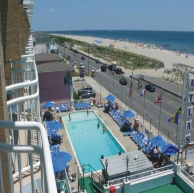 Make A Splash At The Atlas Inn\'s Sparkling Oceanfront Pool 3 of 11