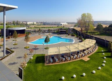 Sheraton Bursa Outdoor Pool 12 of 21