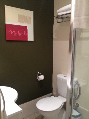 Bathroom Budget Room 9 16 of 31