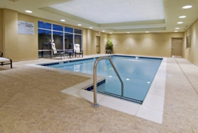 Hotel Features Indoor Pool And Whirlpool 5 of 11