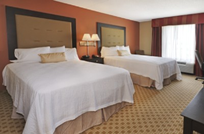 All Rooms And Suites Feature Cloud Nine Beds Microwave/refrigerator Units And 32 Inch Hd Flat Screen Tv\'s 6 of 11