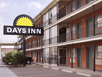 Days Inn Lubbock 4th Street 1 of 8