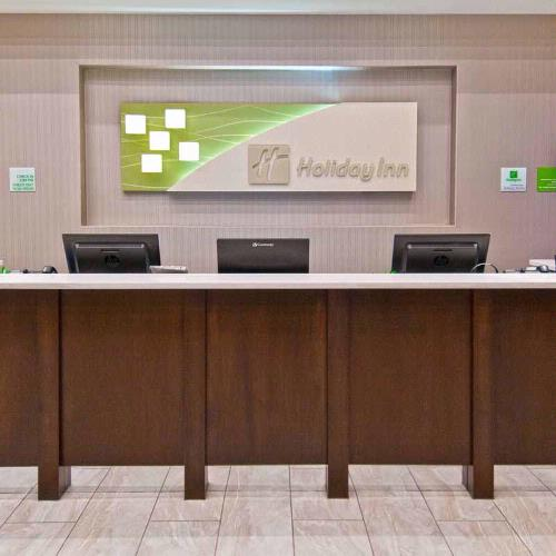 Our Professional Guest Services Awaits Your Visit. 5 of 27