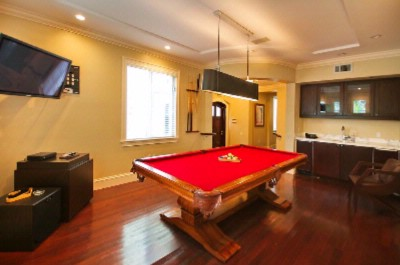 Billiard Room 5 of 31