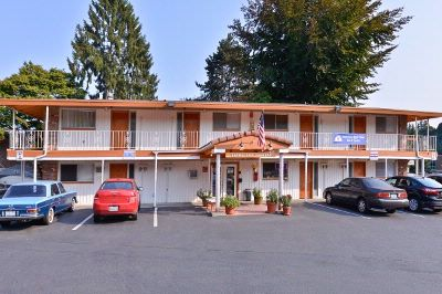 Americas Best Value Inn & Suites Tukwila / Seatac Airport 1 of 8