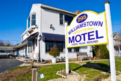 Williamstown Motel 1 of 15
