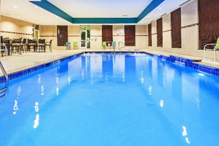 Indoor Heated Salt Water Pool 10 of 13