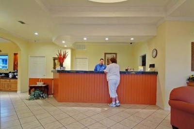 A Warm Welcome Awaits You In Our Lobby 4 of 29