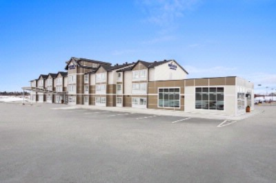 Microtel Inn & Suites by Wyndham Timmins 1 of 11