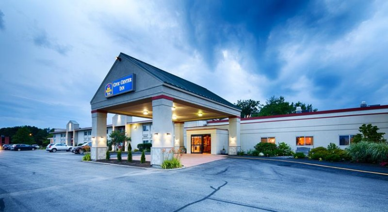 Best Western Plus Augusta Civic Center Inn 1 of 13