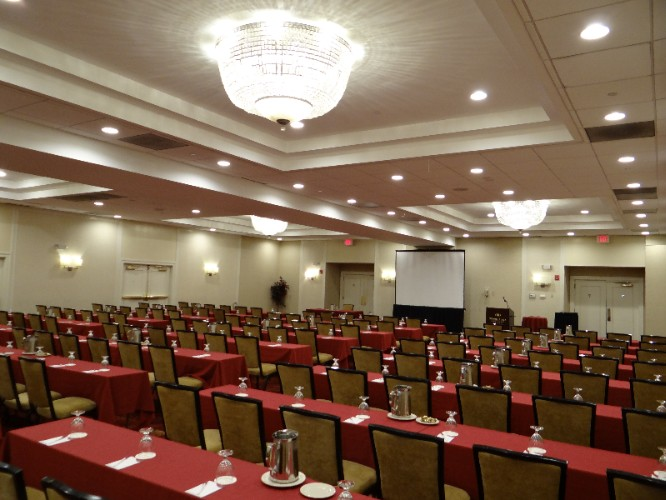 Classroom Style Set Up For Over 100 People 15 of 24