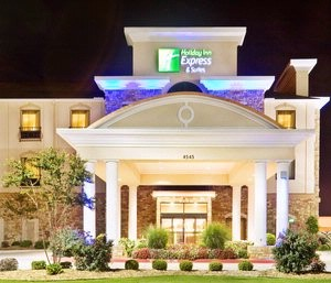 Holiday Inn Express & Suites Central Mall Area 1 of 10