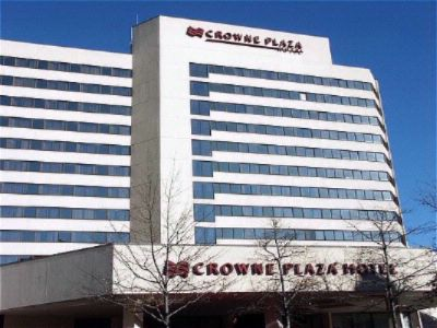 Crowne Plaza White Plains 1 of 14