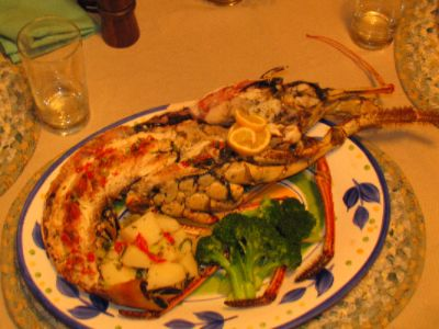 Tasty Caribbean Lobster In Butter Sauce With Friends 5 of 8