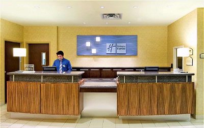 Guest Services Reception Great Reviews 15 of 31