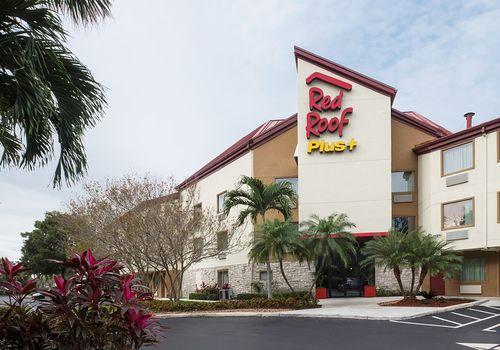 Red Roof Inn West Palm Beach 2421 Metrocentre Blvd. East West Palm Beach FL  33407