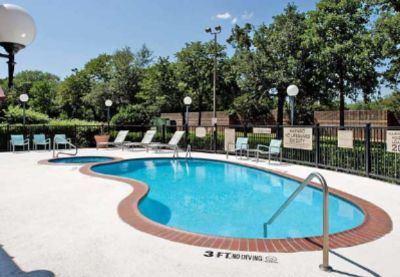 Stay Refreshed In Our Outdoor Pool And Jacuzzi 9 of 13
