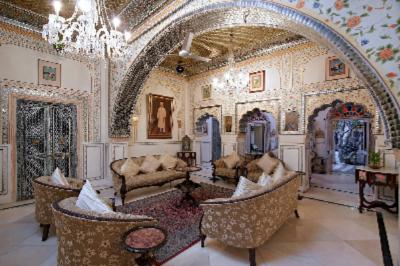 Sheesh Mahal (Lounge) 9 of 17