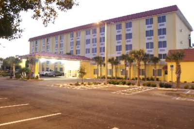 Image of Comfort Inn North