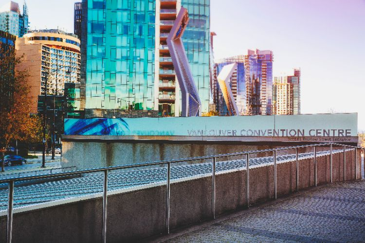 5 Minute Walk To Vancouver Convention Centre And Cruise Ship Terminal 31 of 31
