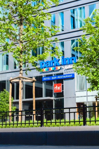 Park Inn by Radisson Brussels Midi 1 of 16