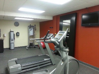 Break A Sweat In Our Fitness Center 11 of 13