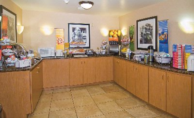 Hampton\'s Complimentary Hot Breakfast Bar 8 of 11