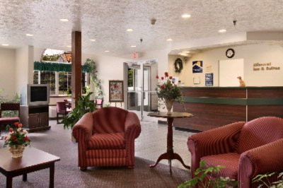Microtel Inn & Suites by Wyndham Manistee 1 of 6