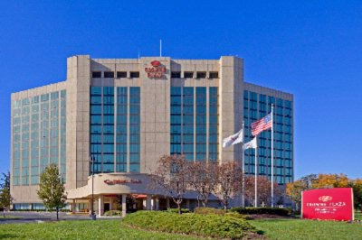 Crowne Plaza Philadelphia Cherry Hill 1 of 10
